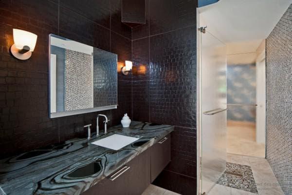 кожаные стеновые панели для ванной