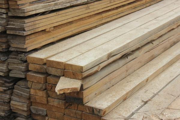 доска обрезная 40х150х6000 для строительства крыши