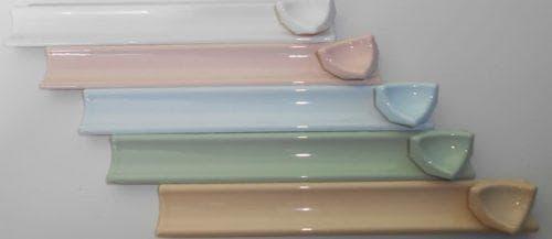 потолочный керамический плинтус для ванной