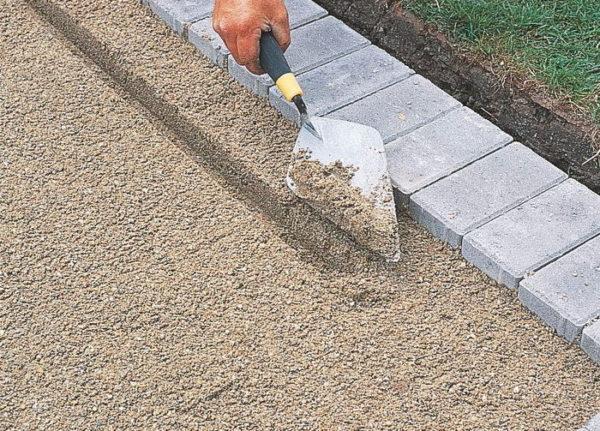 Песок для отмостки карьерный или речной