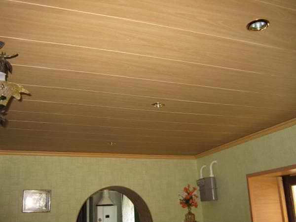 панели мдф для потолка крашенные
