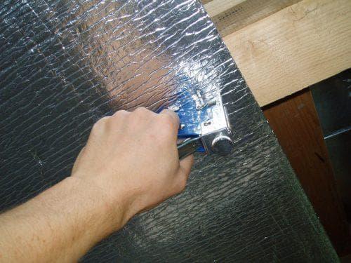 пенофол для утепления потолка