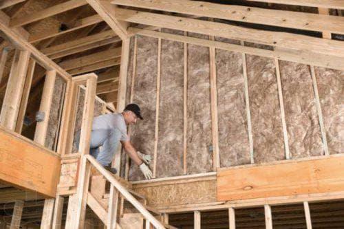 рулонная минеральная вата для стен каркасного дома