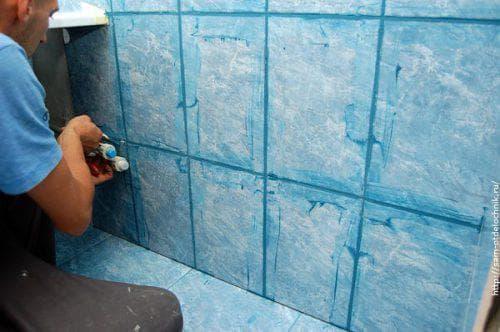 затирка для швов плитки в ванной KRASS